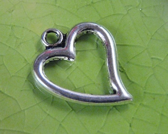 5 silver heart charms pendants Valentines Day love romance 19mm x 15mm Free Combined Shipping - C0303-5