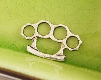 5 silver brass knuckles charms pendants finger holes weapon battle fight ninja martial arts Free Combined Shipping 25mm x 14mm - C0658-5