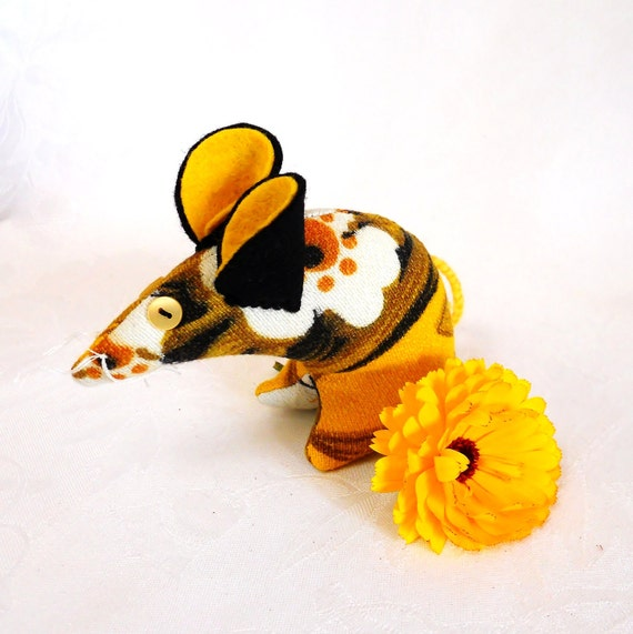 SALE Retro  Mouse - vintage fabric , 60s Daisy , Yellow and Orange