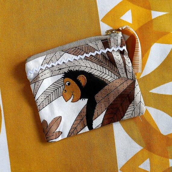 Vintage Fabric Purse 70s Jungle Animal Purse Giraffe or  Monkey