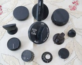 11 Vintage Stove Knobs - Oven - Range - Variety - Replacement Parts - Assemblage - Altered Art