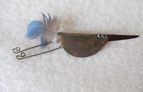 Brass Bird Pin with Blue Feather - FUNKY - FUN - VINTAGE