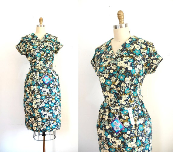 1950s Floral Dress / 50s Large Looped Collar / Deadstock