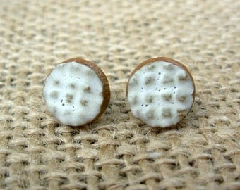 Pottery Post Earrings- Cream