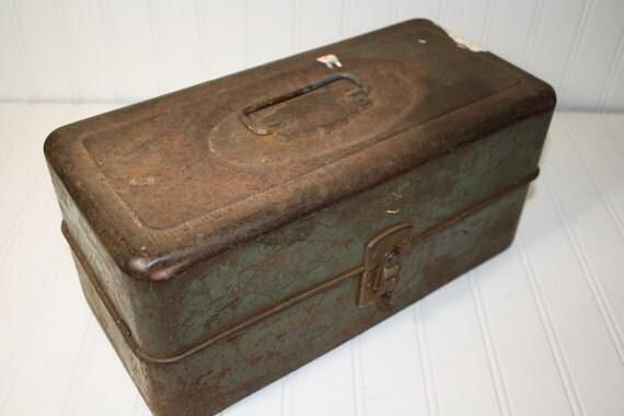 Vintage Metal Tackle Box - Green