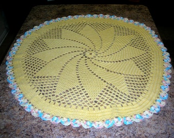 Round Yellow Baby Afghan