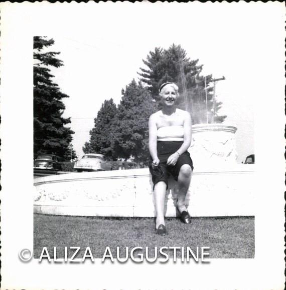 Vintage // Black & White Photo // Woman Sitting by a Fountain