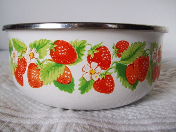Strawberry Bowl Made In Japan Kobe Kitchen White By