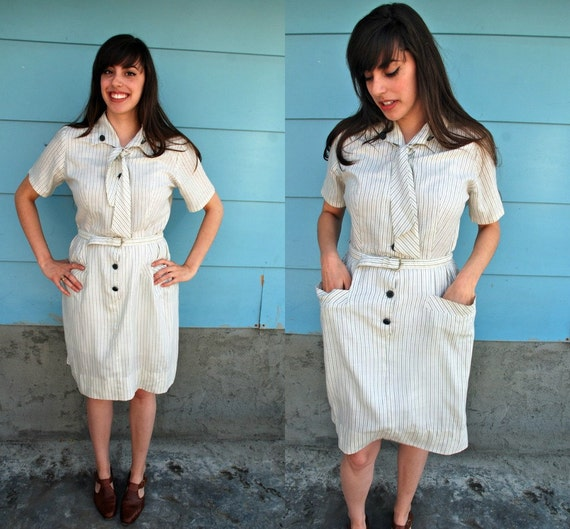 SALE. 1960s. bow pinstriped day dress. m