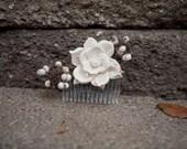 Gardenia sola wood hair piece