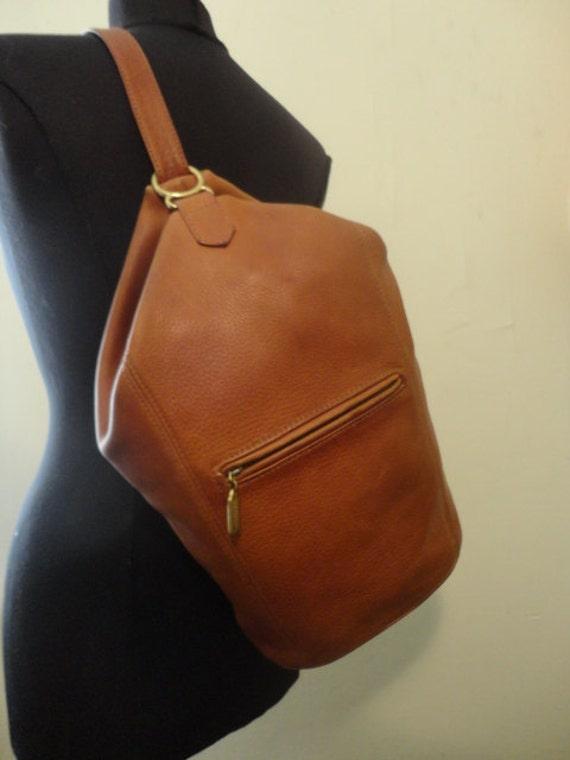 vintage coach cognac leather handbag sling bag. Black Bedroom Furniture Sets. Home Design Ideas