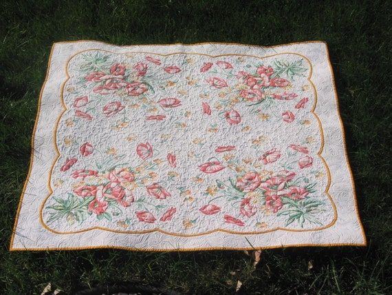Heirloom quilted 1940s vintage tablecloth