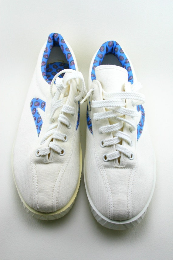vintage tretorn nylite tennis shoes dead stock 10b by