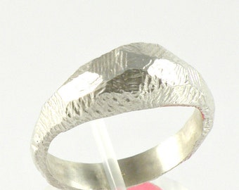 Rustic Sterling Silver Ring, Facets Ring, Domed Silver Ring Gift for Her, Sterling Silver Rough Ring Gift for Women
