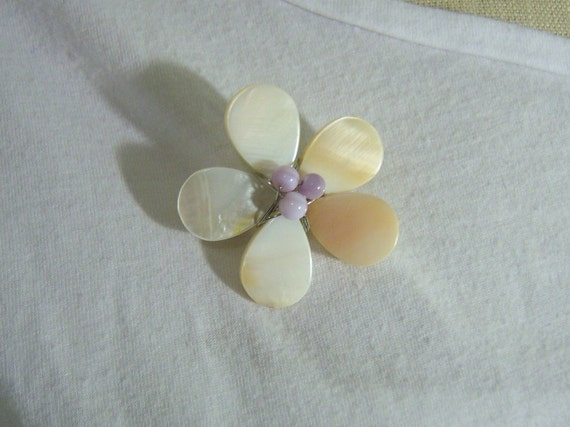 Mother of pearl blossom flower pin