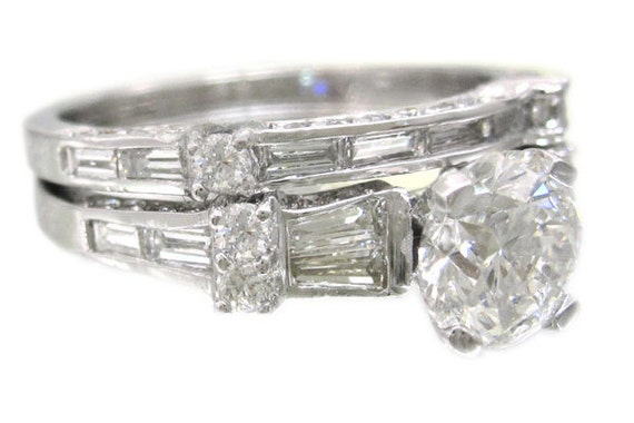 14k white gold round cut diamond engagement ring and band1.88ctw
