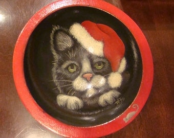 Handpainted cat with a Santa hat painted on a wooden bowl signed BTS cat and mouse Christmas bowl