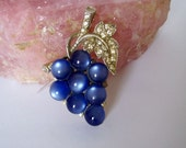 Blue Grapes Pin Brooch by Coro
