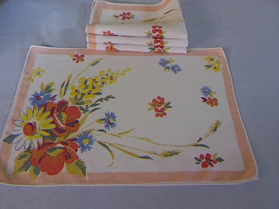 Vintage Linen Placemats and Matching Napkins Set of Four