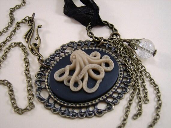 """Octopus/Kraken Cameo, """"Goddess of the Deep"""", Steam Punk"""