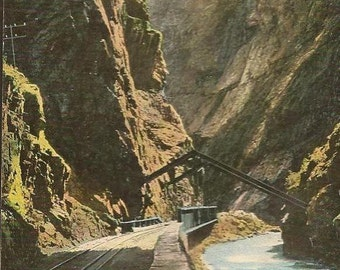 Hanging Bridge on the Royal Gorge Colorado scenic view on  Unused Vintage Postcard