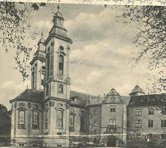 BAD MERGENTHEIM SCHLOSSKIRCHE (Castle Church) 1947 with Germany 561 on vintge postcard