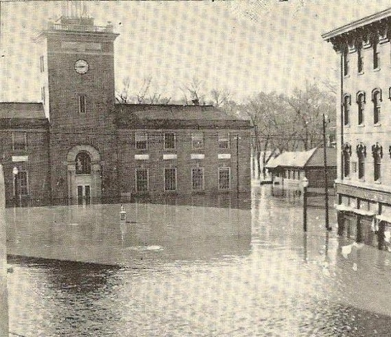 HAVERHILL Mass Vintage Postcard Flood At Post Office And