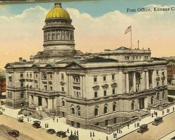 Post Office Kansas City Missouri - Vintage Hall Bros postcard