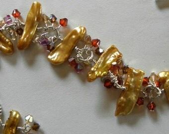 Pearl Bracelet Gold Keshi Pearl Clusters Swarovski Crystals Sterling Silver Chunky Biwa Pearl Wire Wrapped Beach Wedding Bracelet