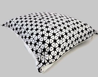 Tribal Black and White Pillow Cover, African Style Cushion Cover, Ethnic Style Pillow Cover, Scandinavian Style Pillow, Black White Cushion