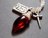Bloody Knight - Genesis Rhapsodos necklace, Final Fantasy inspired