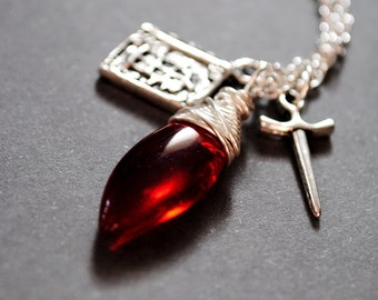 Bloody Knight: FF7 Necklace