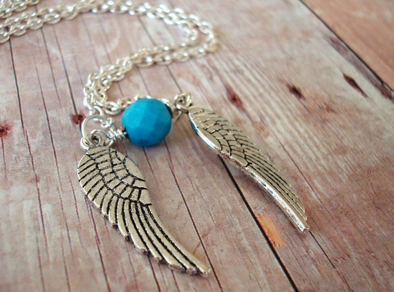 Rinoa Necklace - Howlite, Angel wings in Sterling Silver