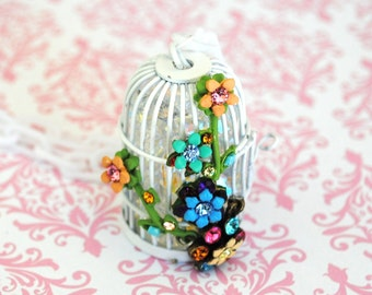 Sale Lovely Shabby Chic Crystal Filled Birdcage Necklace