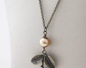 Vintage Autumn Leaf Necklace. Antique gold leaf  with Champagne Swarovski Pearl (VNL-43)