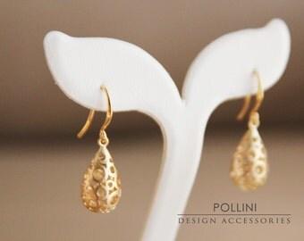 Filigree Teardrop Earrings. Matte Gold. Everyday Wear. Sophisticated. Gift For Her (SER-12)