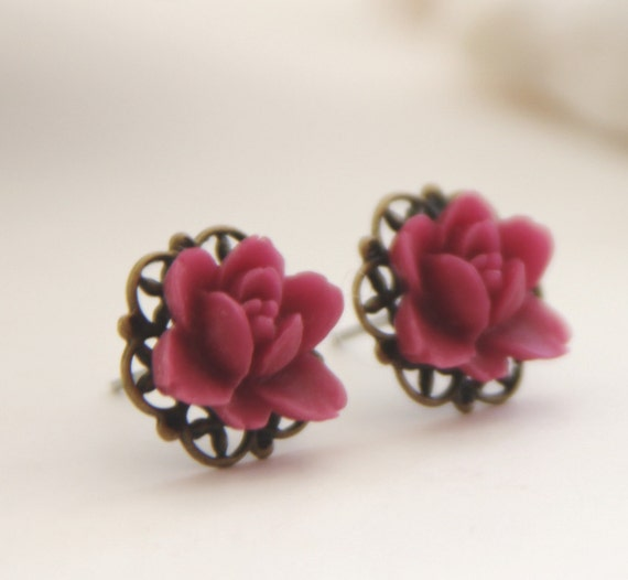 Vintage Petite Lotus Post Earrings. Maroon Red. Garden (VER-17)