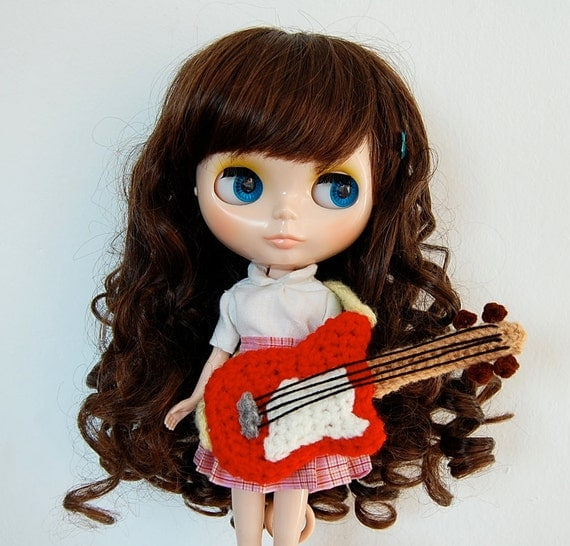 Amigurumi Guitar : amigurumi pattern - guitar from amieggs on Etsy Studio