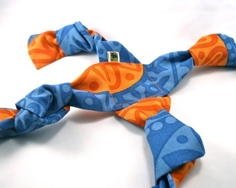No Stuffing and Squeaker Free Tug Dog Toy - Blue/Orange