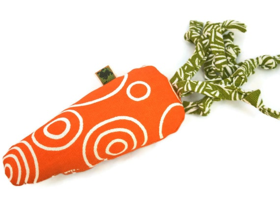 Tiny Dog Toy - Little Carrot