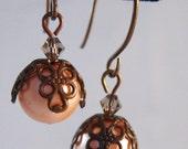Corielle Earrings in Peach