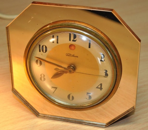 TELECHRON Mirrored Art Deco Clock. Rose-Colored Octagonal. Model 3F65 (1932-38)