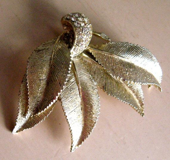 1950s Rhinestone Goldtone Leaf Brooch