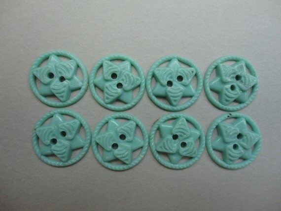 Vintage Set of 8 Mint Green Buttons