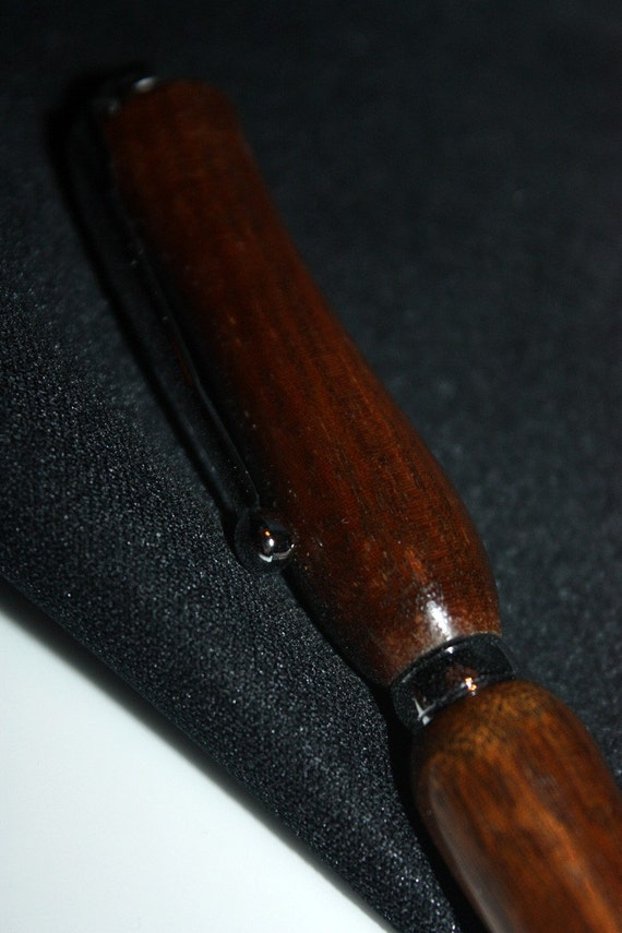 Mahogony Pen - woodworking, handcrafted - DBassWoodworking