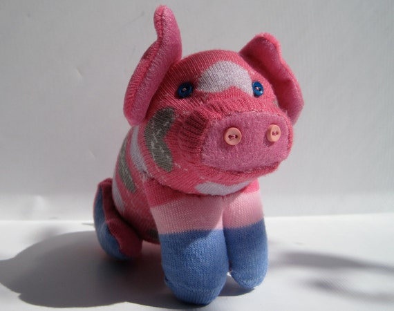 PIGGI LONGSTOCKINGS adorable sock toy piglet with striped stockings and argyle hearts