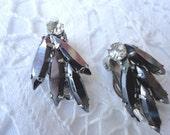 Bearutiful Vintage Black and Clear Rhinestone Clip on Earrings