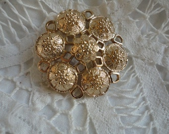 Vintage Gold Tone Floral Brooch signed Sarah Coventry