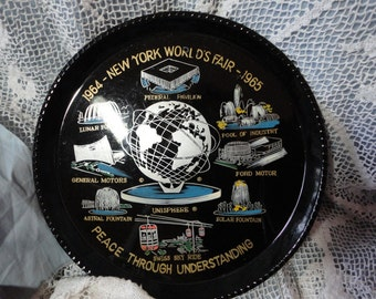 New York Worlds Fair Souvenir Plastic Black Round Tray Vintage