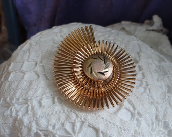 Brushed Gold tone Spikey Swirly Sweater Clip or Brooch Vintage Jewelry